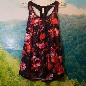 Fabletics Sports Abstract Floral Tank